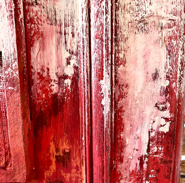 rusikke patinerede møbler malet med kalkmaling